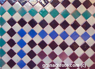 Azulejos - Coloured tiles