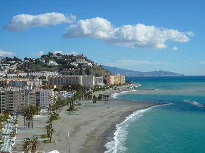 Der Strand von Almuñécar
