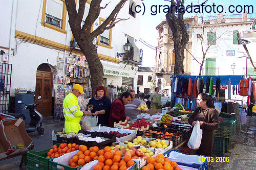 Market day Plaza Larga