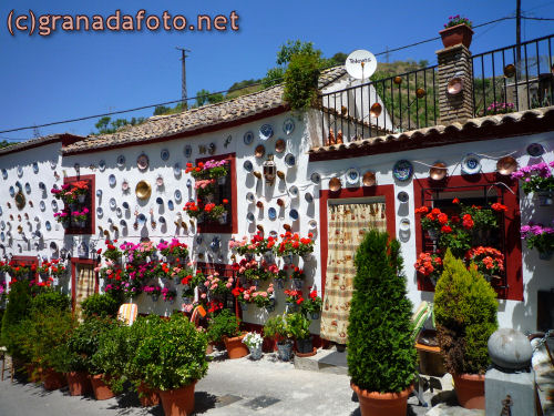 Flower Adorned house in the Sacromonte